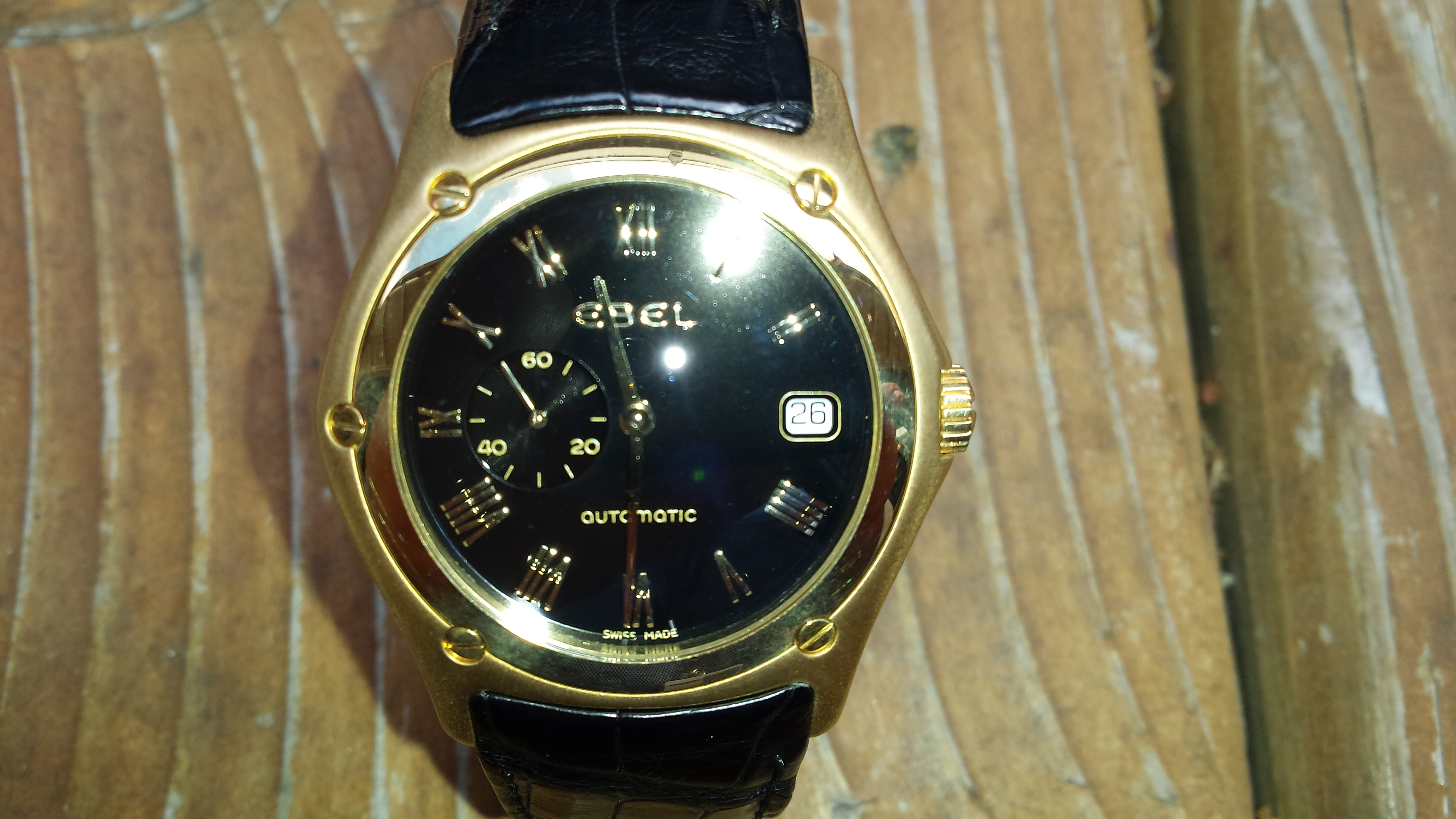 Ebel Classic Wave-40mm, 18kt gold(1).jpg